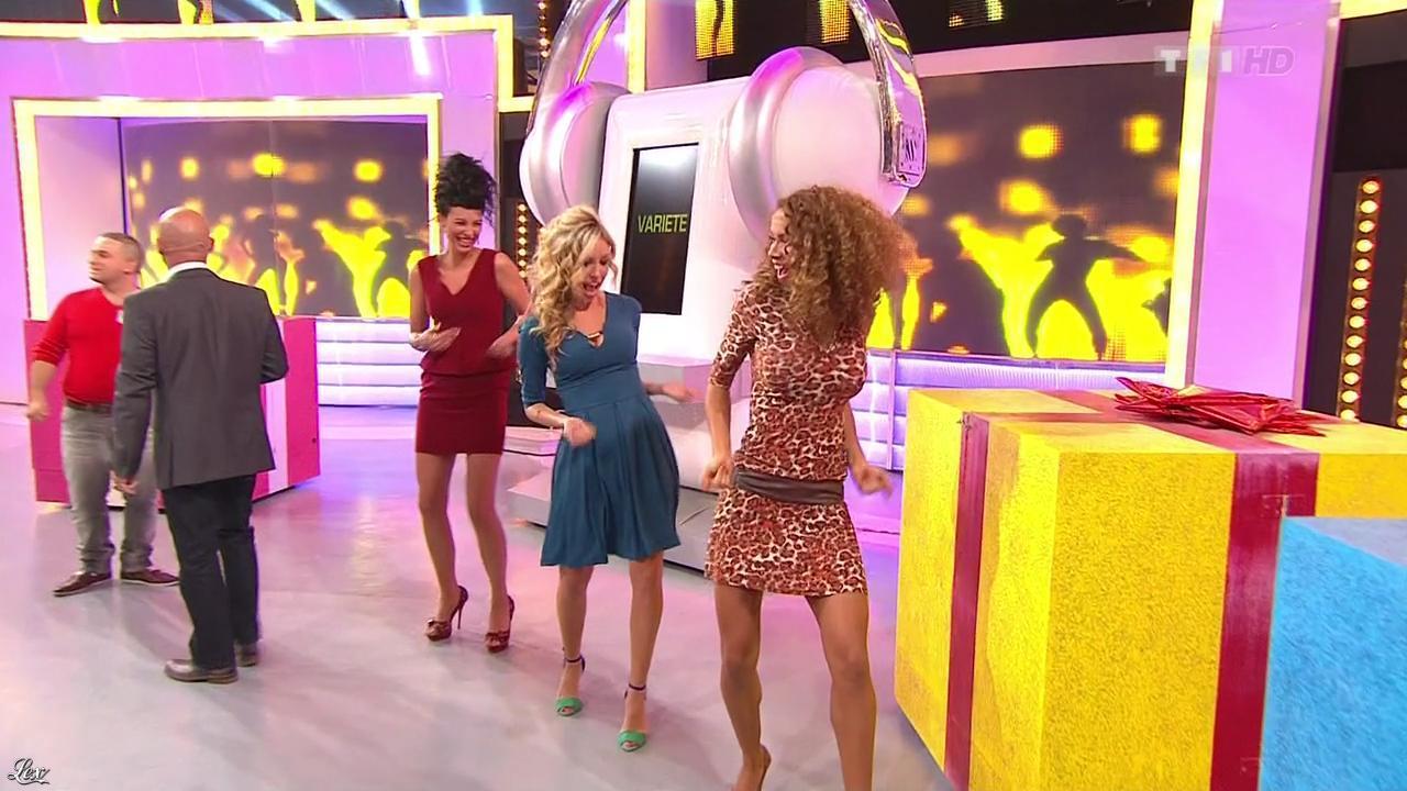 Les Gafettes, Fanny Veyrac, Doris Rouesne et Nadia Aydanne dans le Juste Prix. Diffusé à la télévision le 22/11/12.