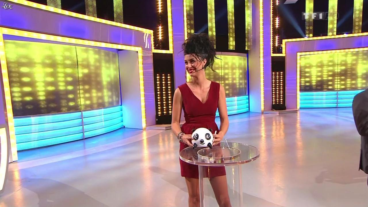 Fanny Veyrac dans le Juste Prix. Diffusé à la télévision le 22/11/12.