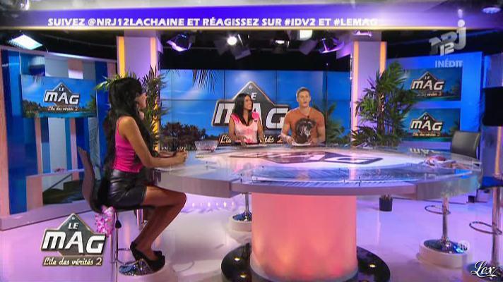 Nabilla Benattia et Ayem dans le Mag. Diffusé à la télévision le 03/12/12.