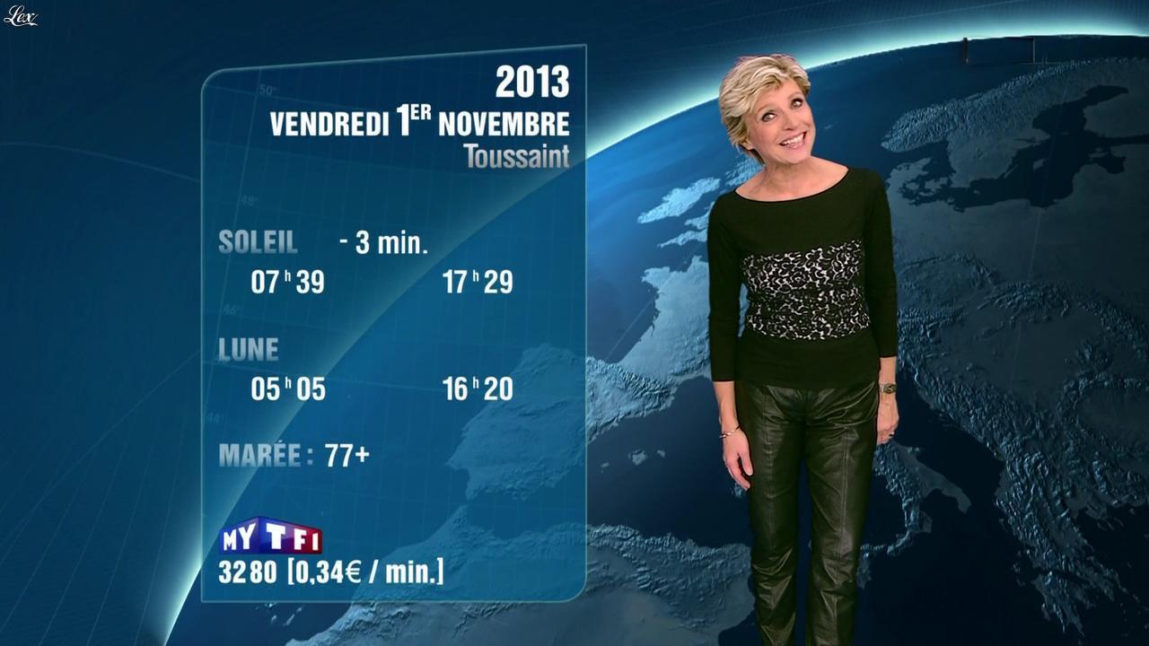 Evelyne Dhéliat à la Météo de 20h. Diffusé à la télévision le 31/10/13.