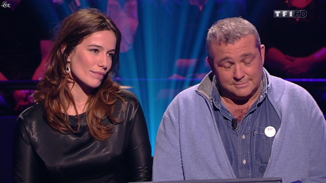 Zoe Felix dans Qui Veut Gagner des Millions. Diffusé à la télévision le 31/01/14.