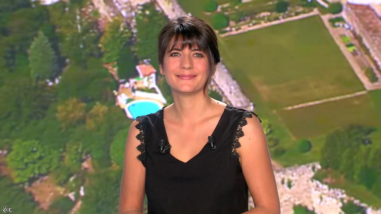 Estelle Denis lors du Tirage du Loto. Diffusé à la télévision le 22/11/14.