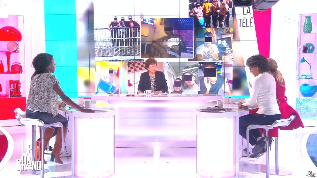 Hapsatou Sy dans le Grand 8. Diffusé à la télévision le 06/01/15.