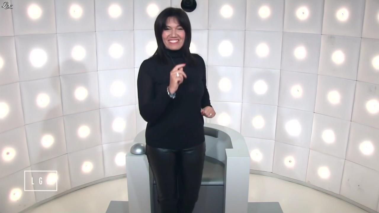 Samia Ghali dans le Grand Journal de Canal Plus. Diffusé à la télévision le 22/01/15.