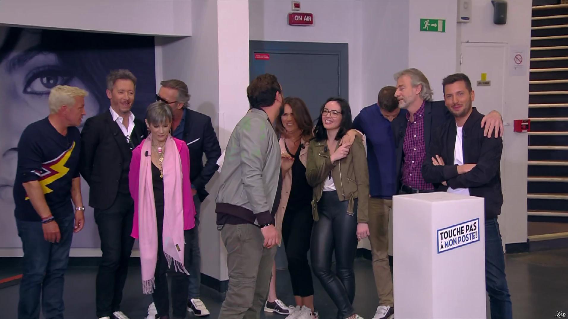Agathe Auproux dans Touche pas à mon Poste. Diffusé à la télévision le 12/04/17.