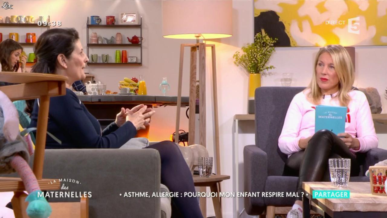 Agathe Lecaron dans la Maison des Maternelles. Diffusé à la télévision le 04/04/17.
