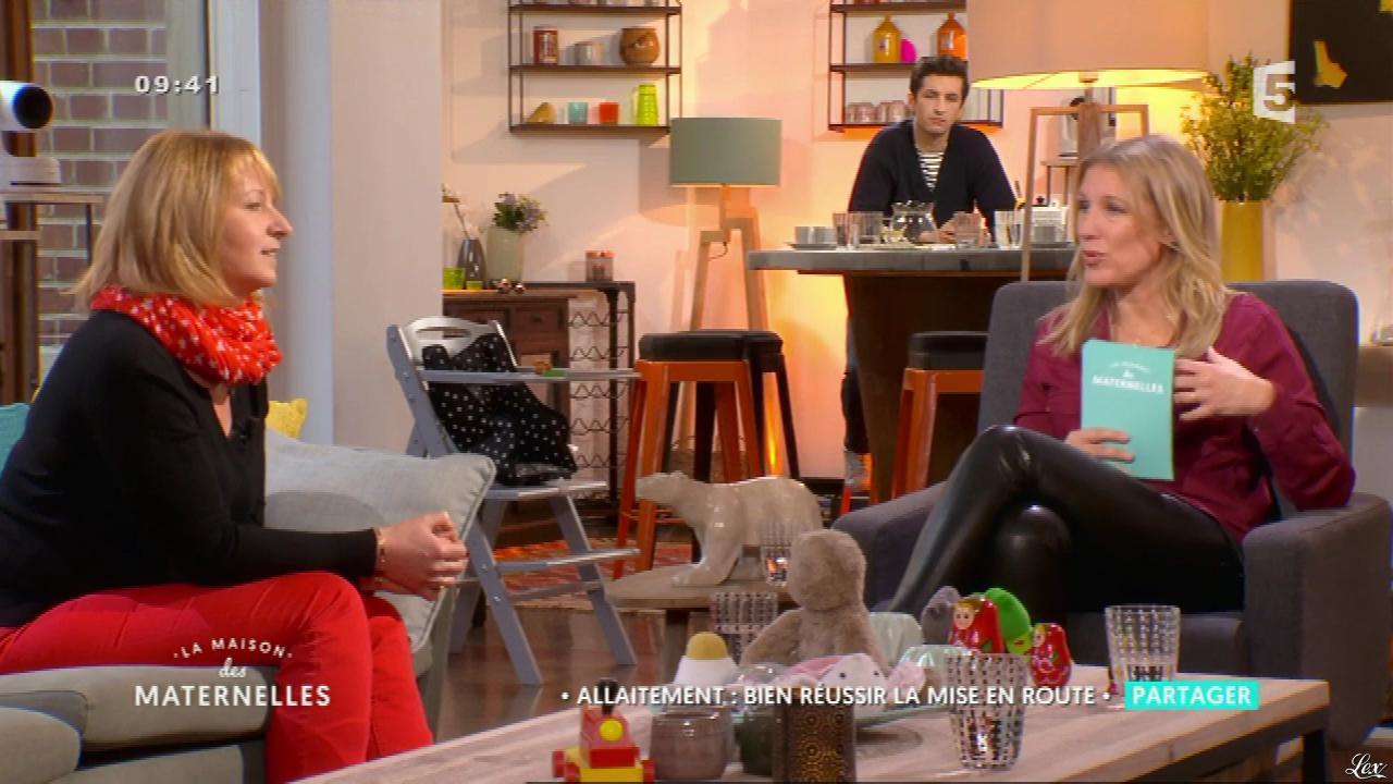 Agathe Lecaron dans la Maison des Maternelles. Diffusé à la télévision le 05/06/17.
