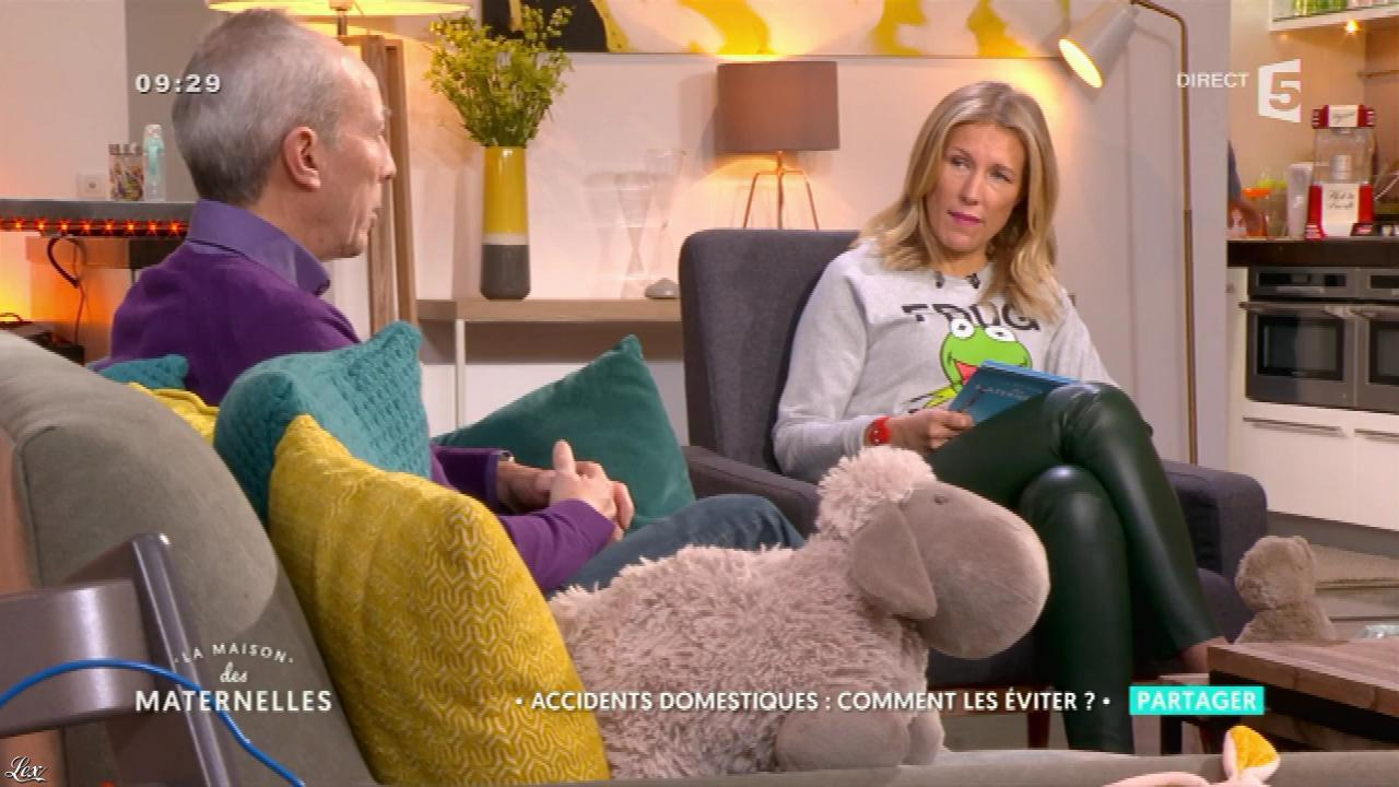 Agathe Lecaron dans la Maison des Maternelles. Diffusé à la télévision le 25/01/17.
