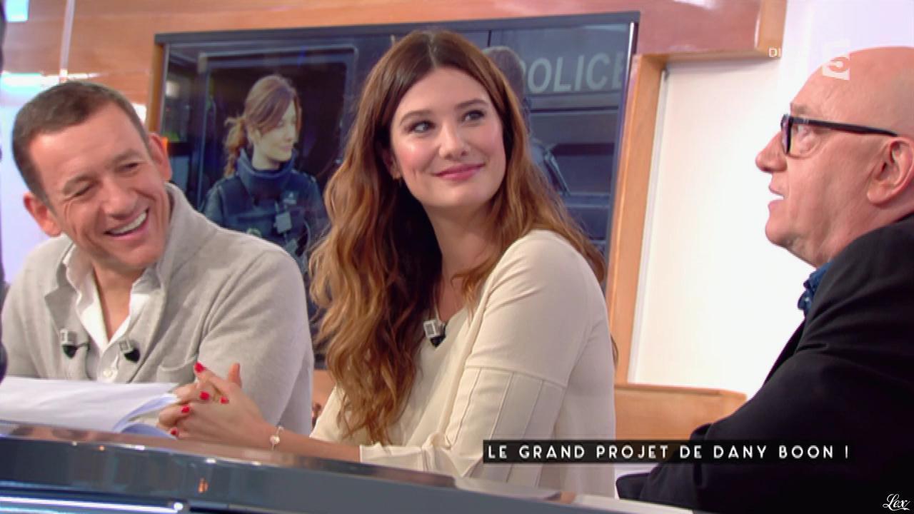 Alice Pol dans C à Vous. Diffusé à la télévision le 26/01/17.