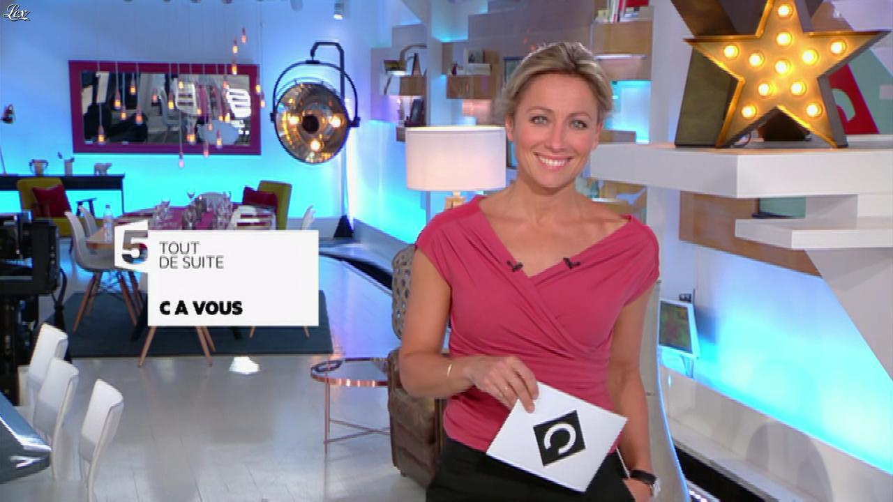 Anne-Sophie Lapix dans C à Vous. Diffusé à la télévision le 30/03/17.