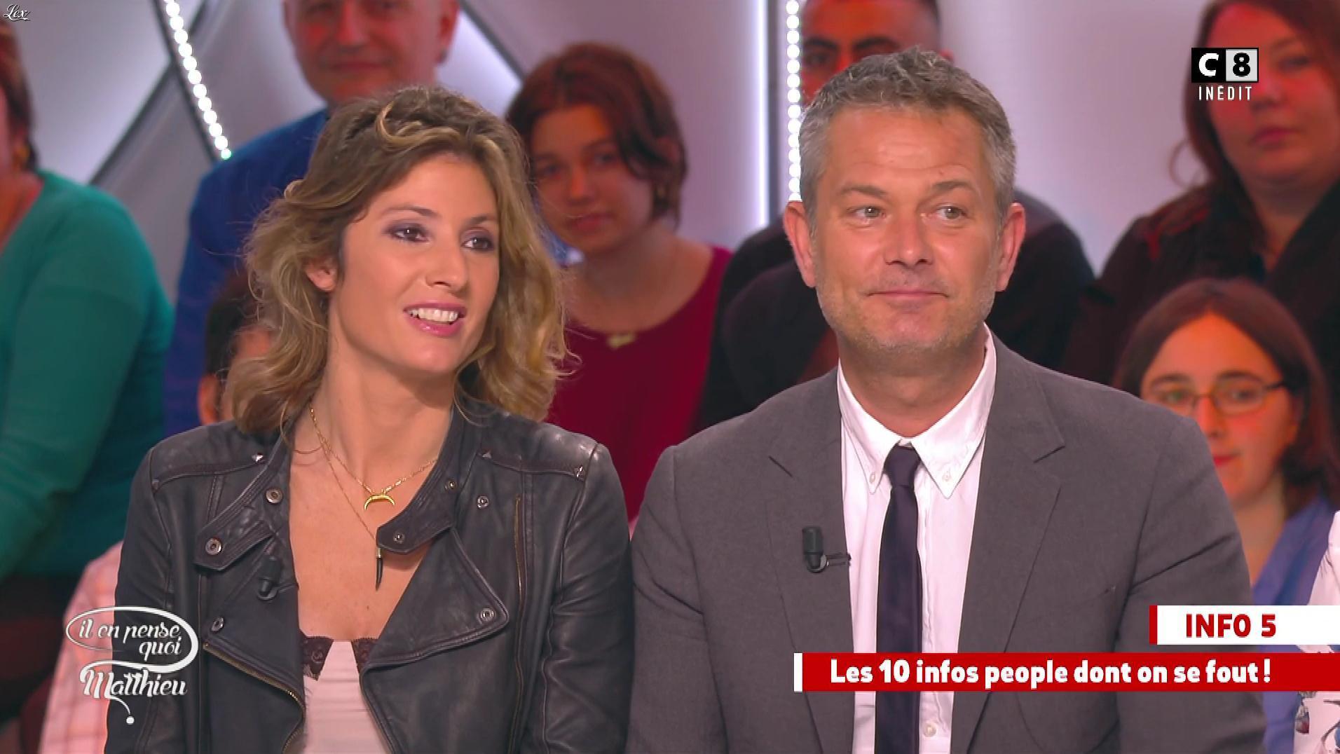 Caroline Ithurbide dans Il en Pense Quoi Matthieu. Diffusé à la télévision le 10/03/17.