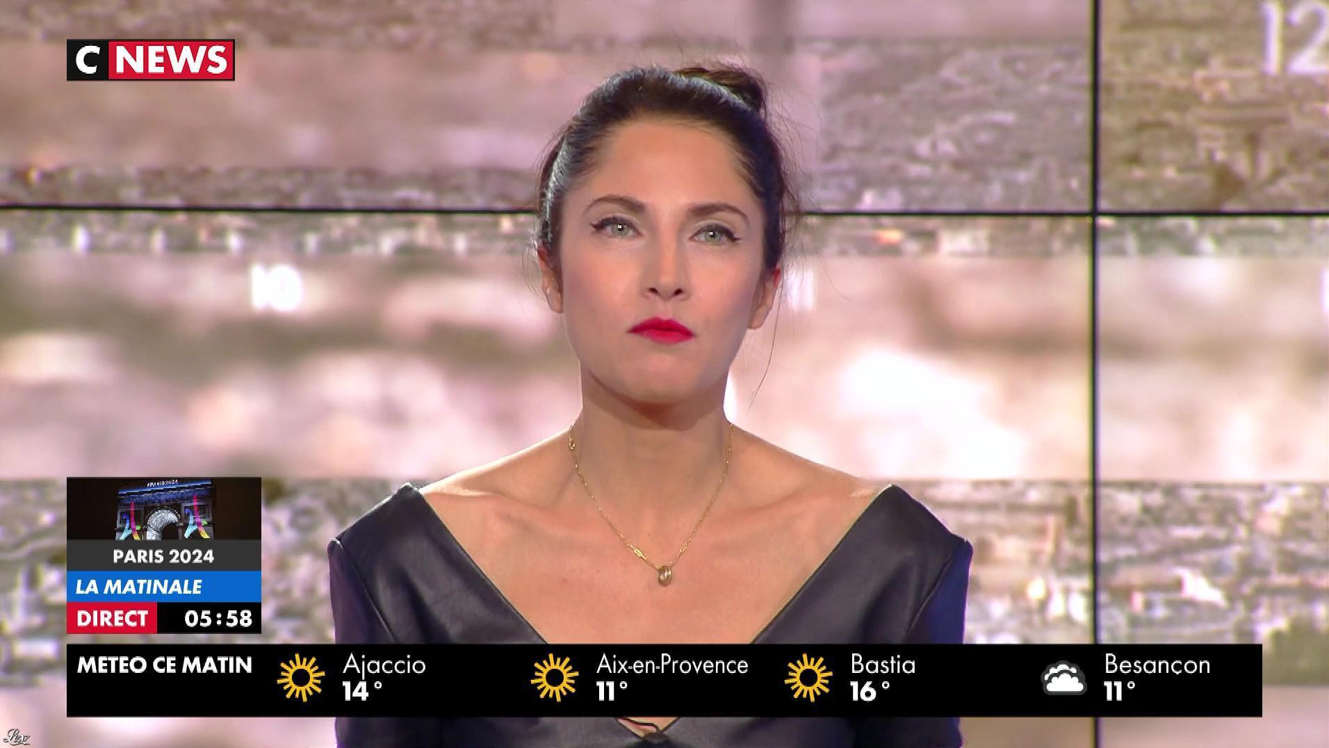Clélie Mathias dans la Matinale de C News. Diffusé à la télévision le 13/09/17.