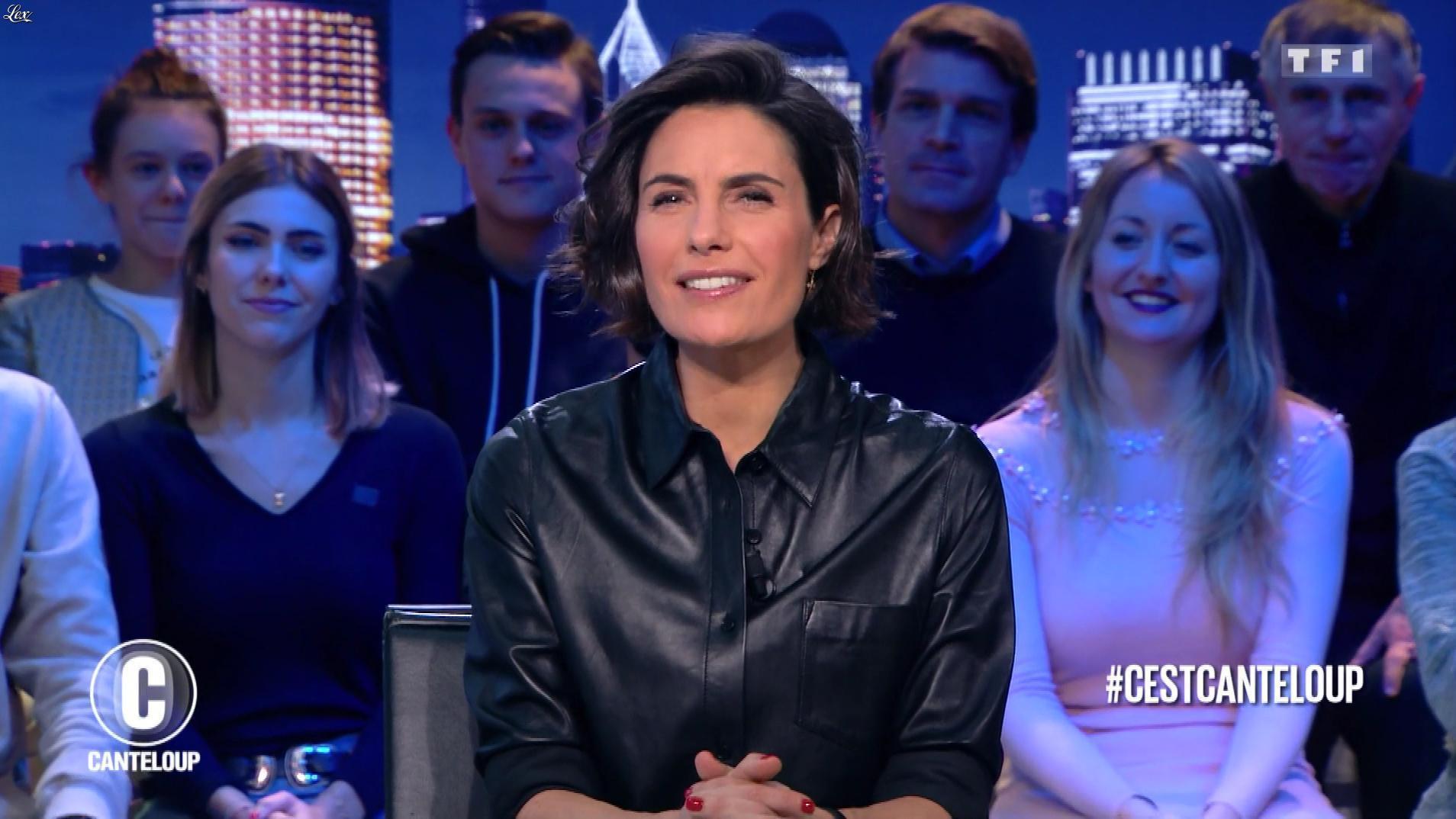 Alessandra Sublet dans c'est Canteloup. Diffusé à la télévision le 19/12/18.