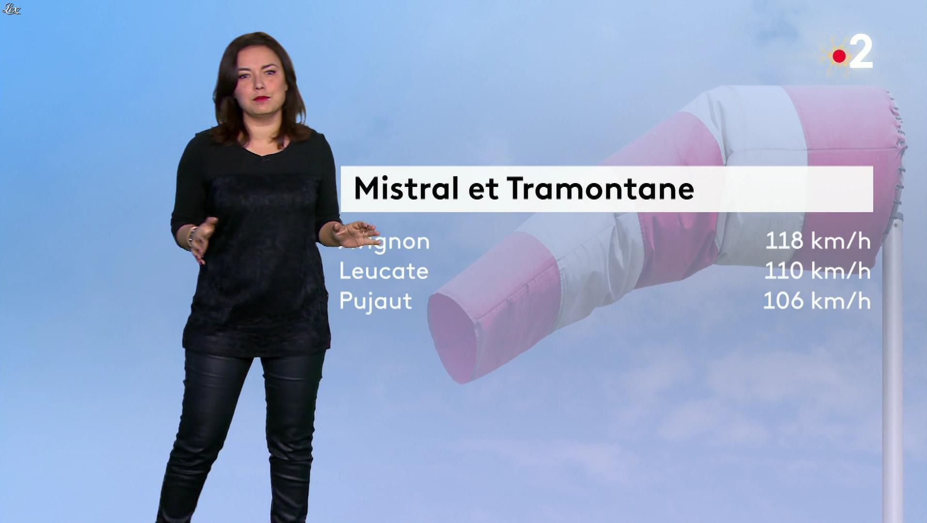 Anaïs Baydemir à la Météo. Diffusé à la télévision le 02/01/19.