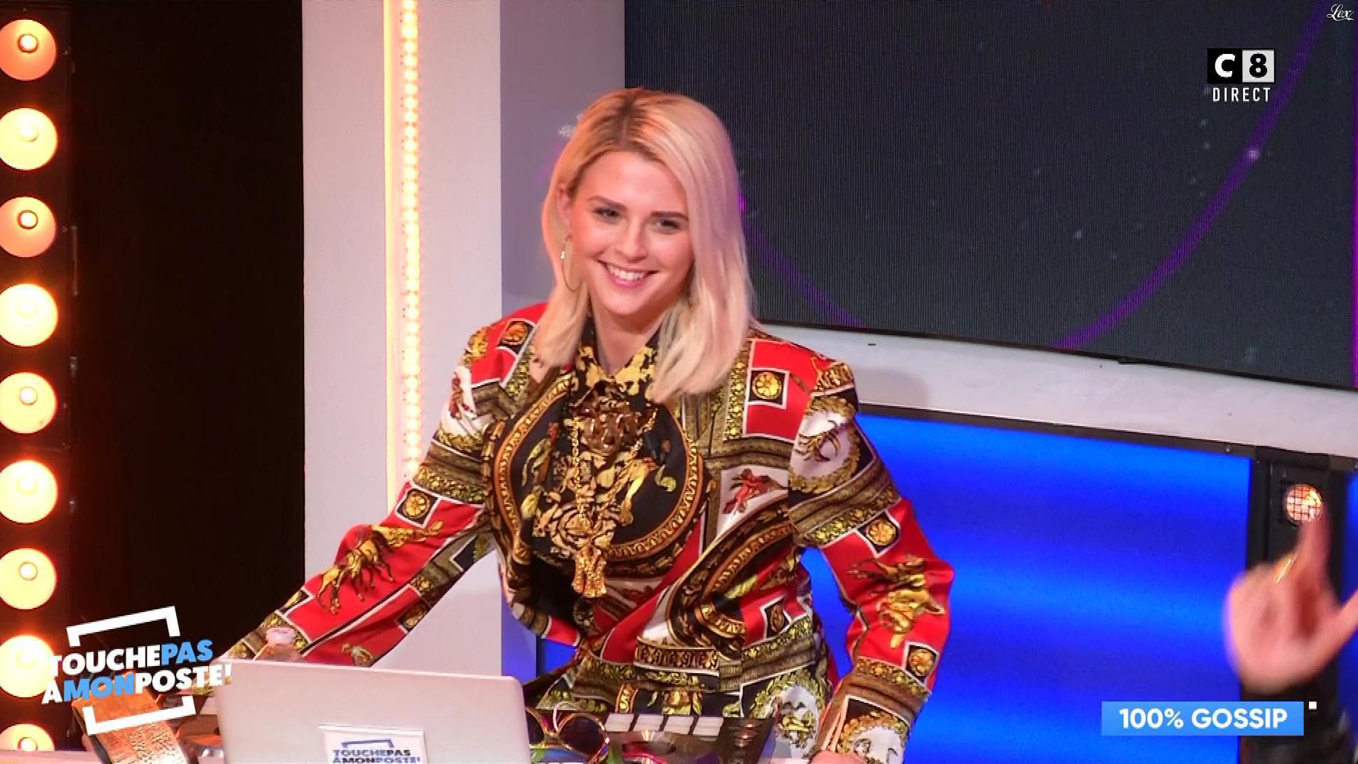 Kelly Vedovelli dans Touche pas à mon Poste. Diffusé à la télévision le 17/01/19.