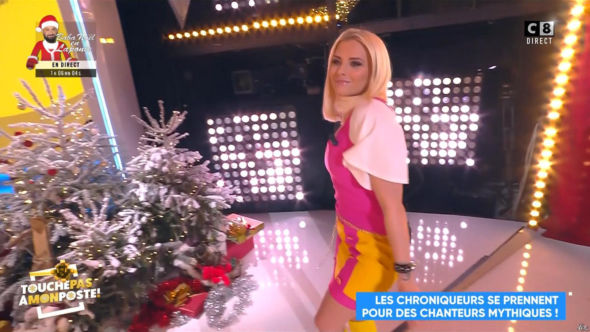 Kelly Vedovelli dans Touche pas à mon Poste. Diffusé à la télévision le 19/12/18.