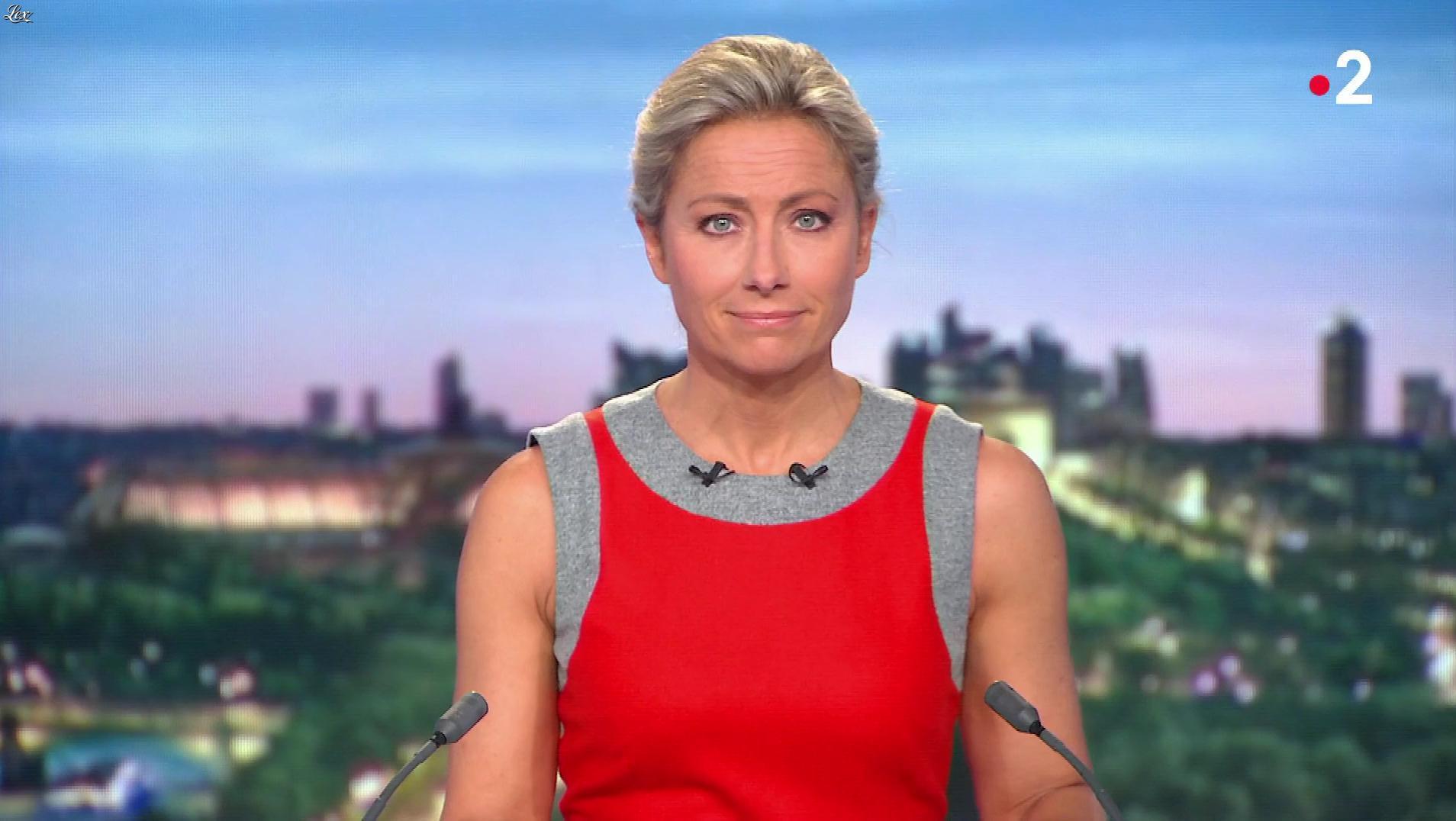 Anne-Sophie Lapix dans le 20h. Diffusé à la télévision le 07/10/19.