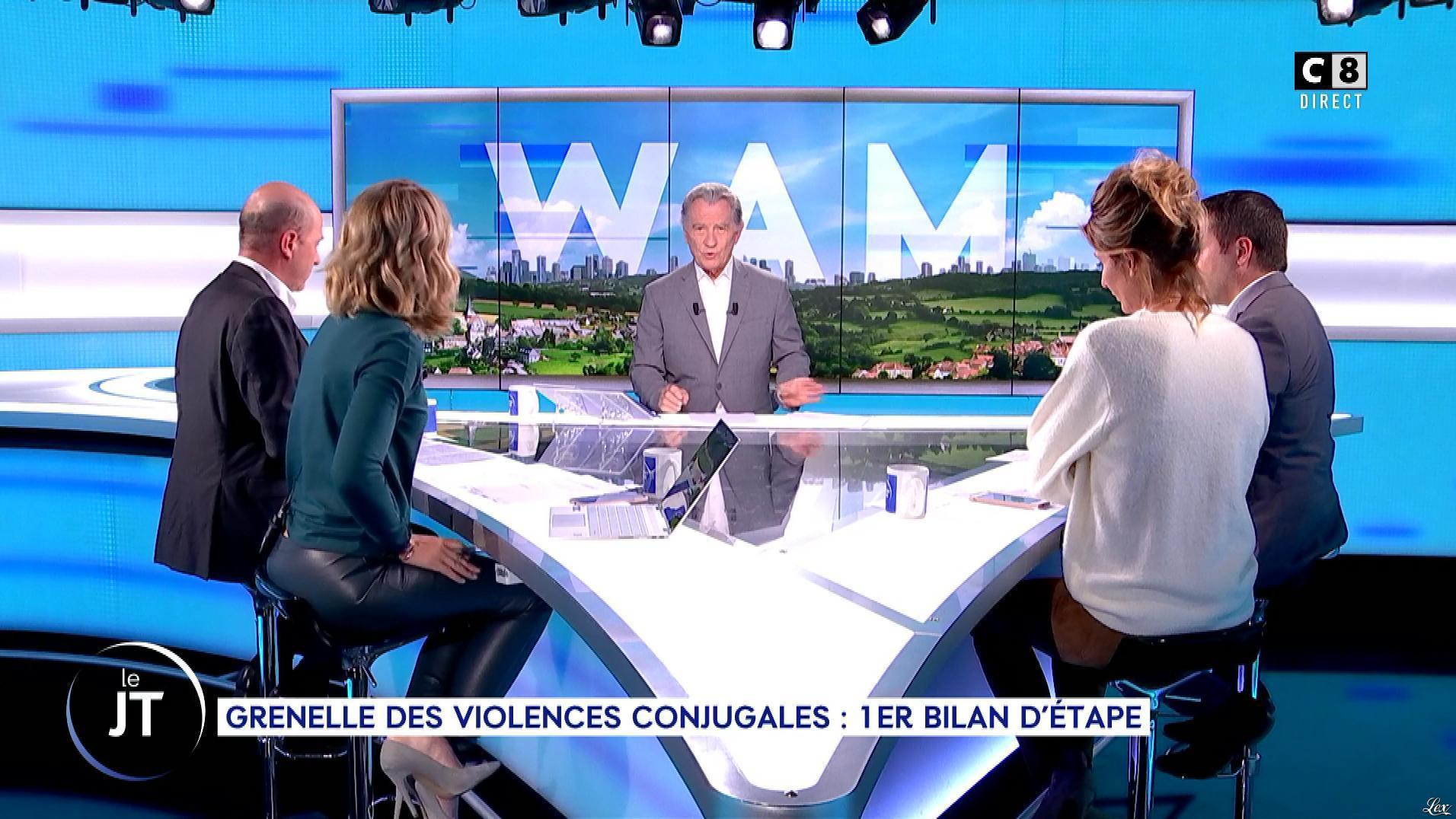 Caroline Delage dans William à Midi. Diffusé à la télévision le 18/09/19.