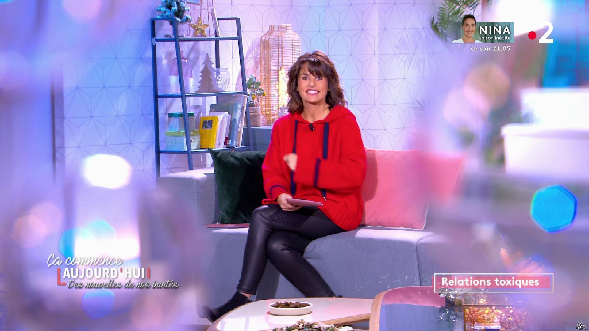 Faustine Bollaert dans Ça Commence Aujourd'hui, Des Nouvelles.... Diffusé à la télévision le 20/11/19.