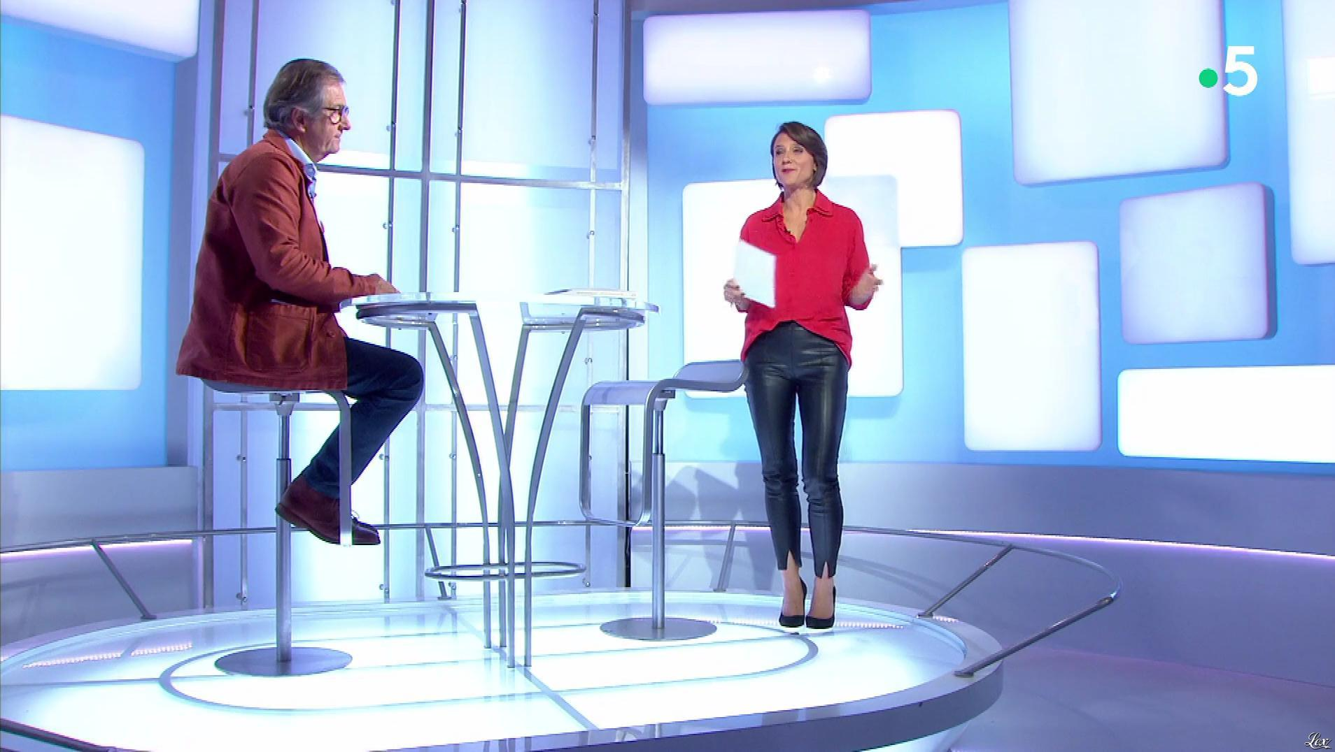 Mélanie Taravant dans C à Dire. Diffusé à la télévision le 20/09/19.
