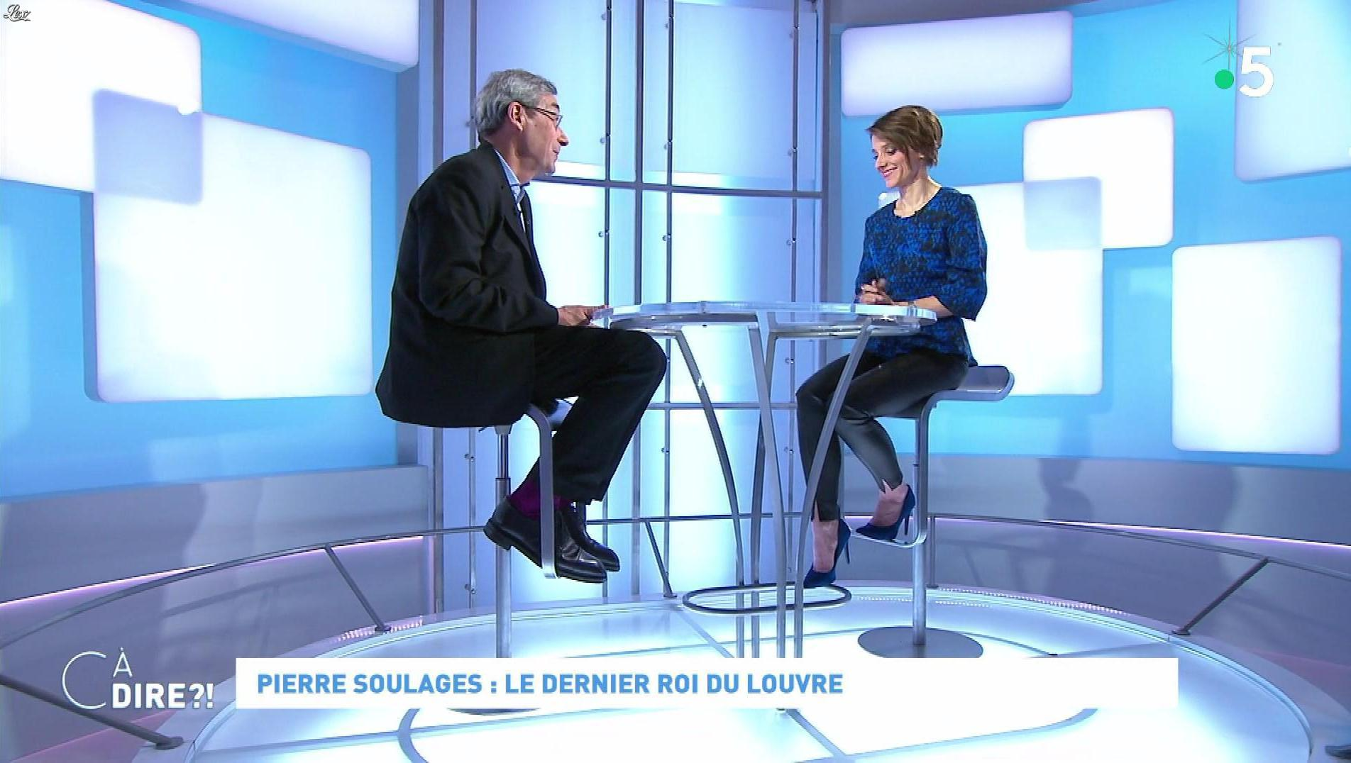Mélanie Taravant dans C à Dire. Diffusé à la télévision le 31/12/19.