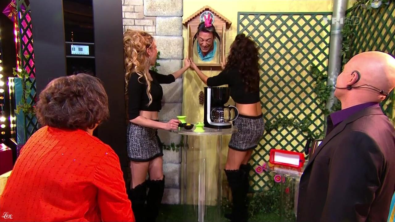 Les Gafettes, Fanny Veyrac et Nadia Aydanne dans le Juste Prix. Diffusé à la télévision le 28/02/11.