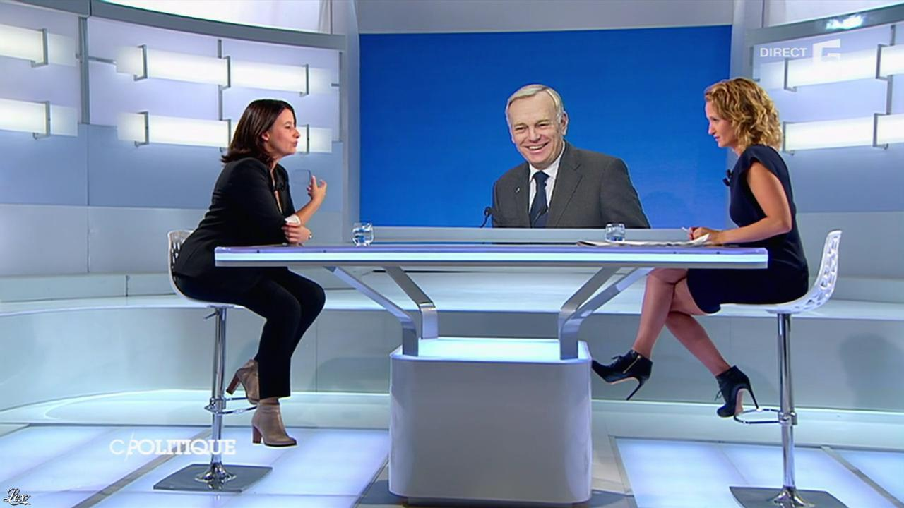 Caroline Roux dans C Politique. Diffusé à la télévision le 22/09/13.
