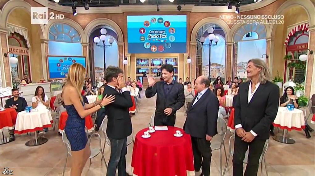 Adriana Volpe dans I Fatti Vostri. Diffusé à la télévision le 26/10/16.