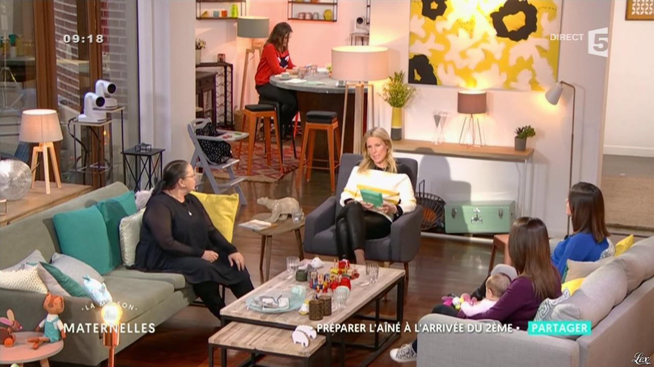 Agathe Lecaron dans la Maison des Maternelles. Diffusé à la télévision le 18/10/16.