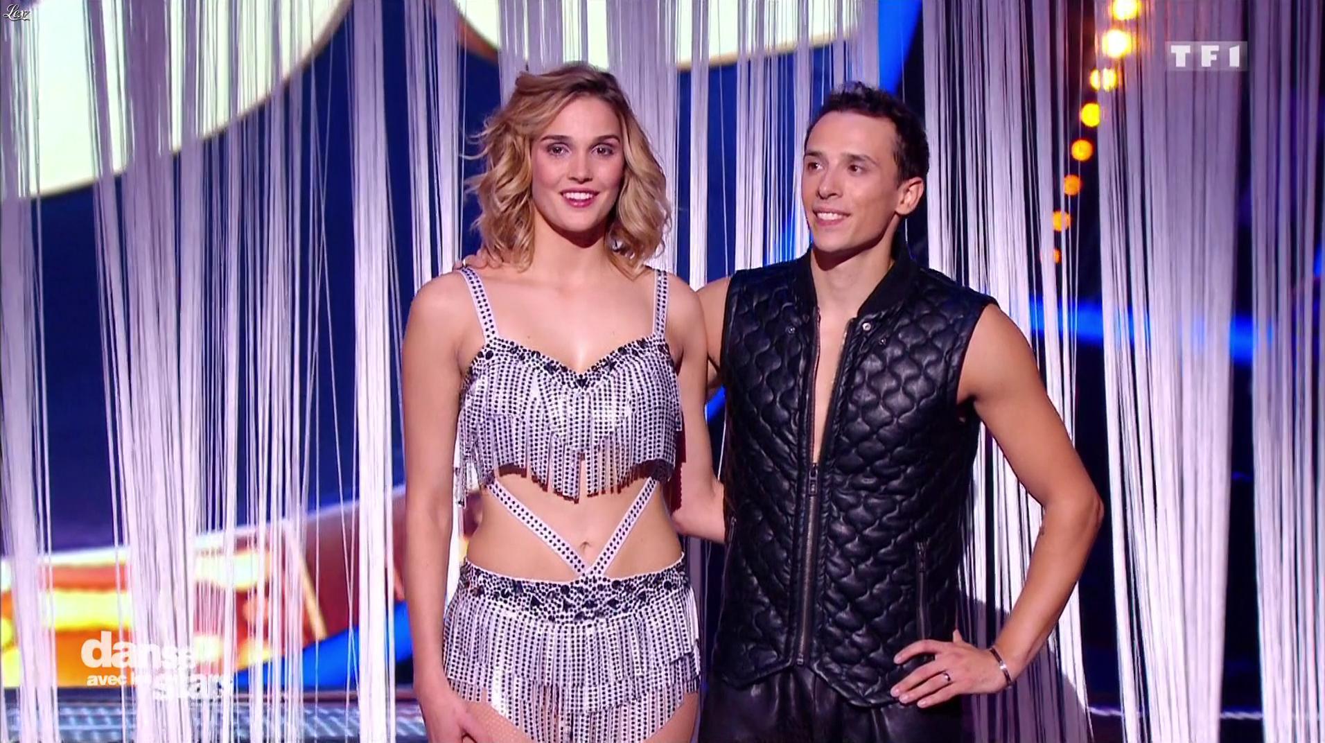 Camille Lou dans Danse avec les Stars. Diffusé à la télévision le 22/10/16.