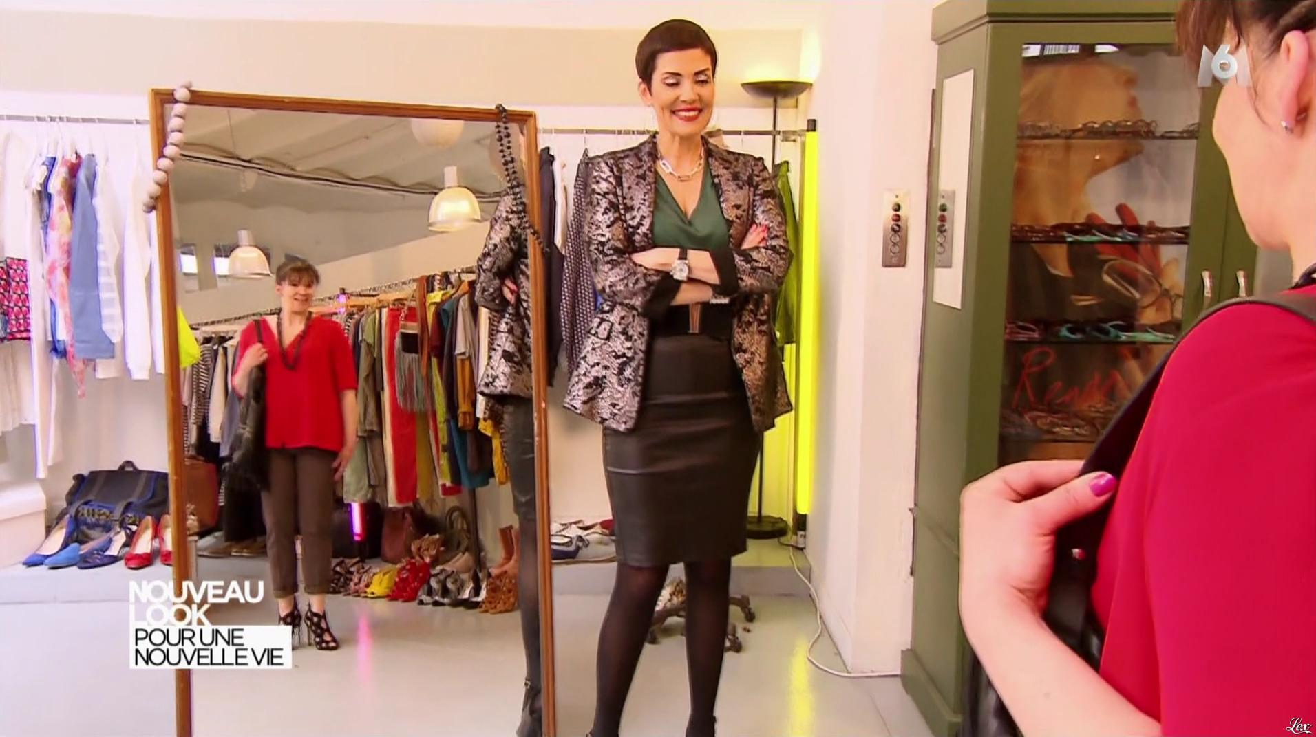 Cristina Cordula dans Nouveau Look pour une Nouvelle Vie. Diffusé à la télévision le 26/09/16.