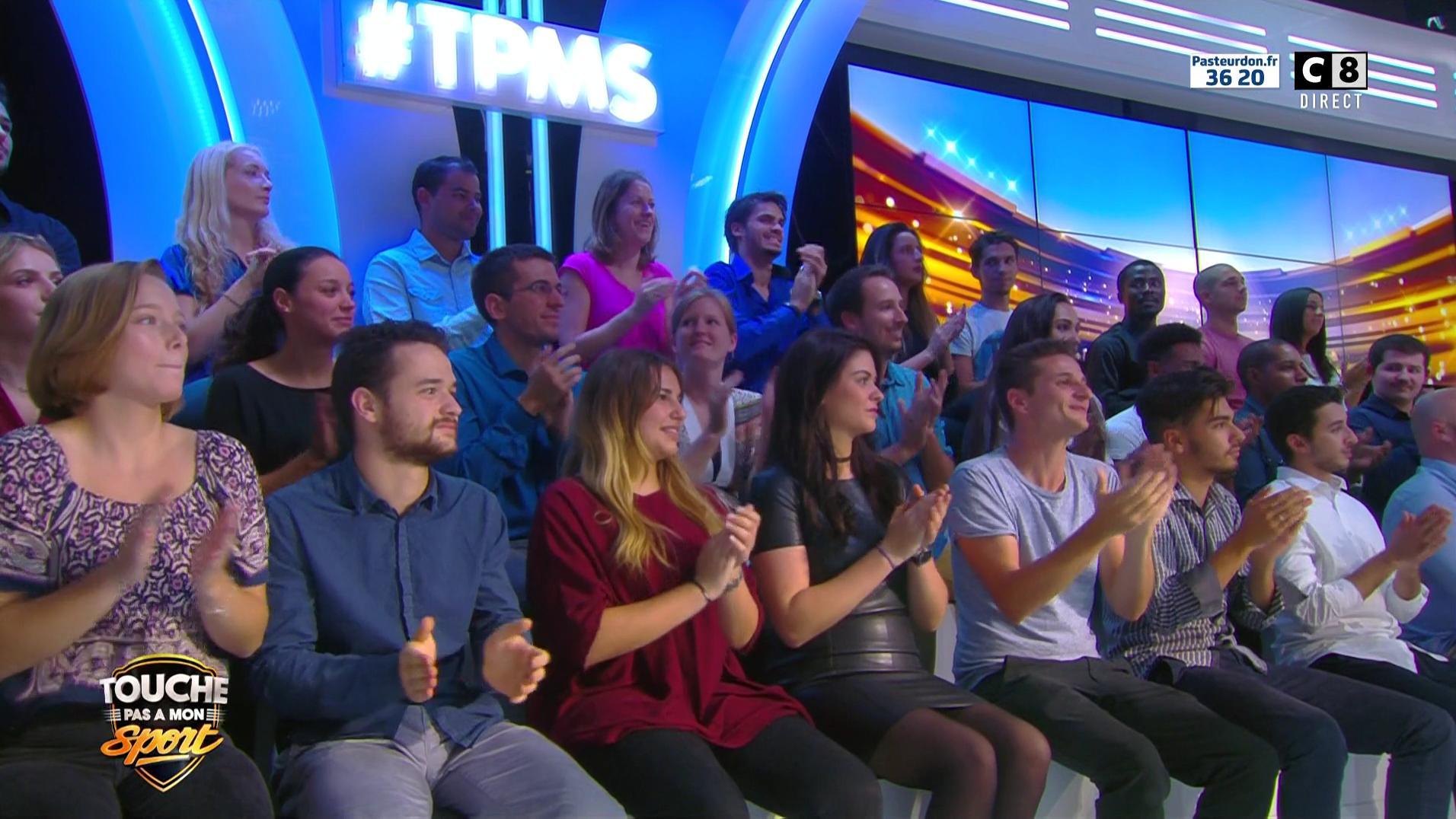 Inconnue dans Touche pas à mon Sport. Diffusé à la télévision le 08/10/16.