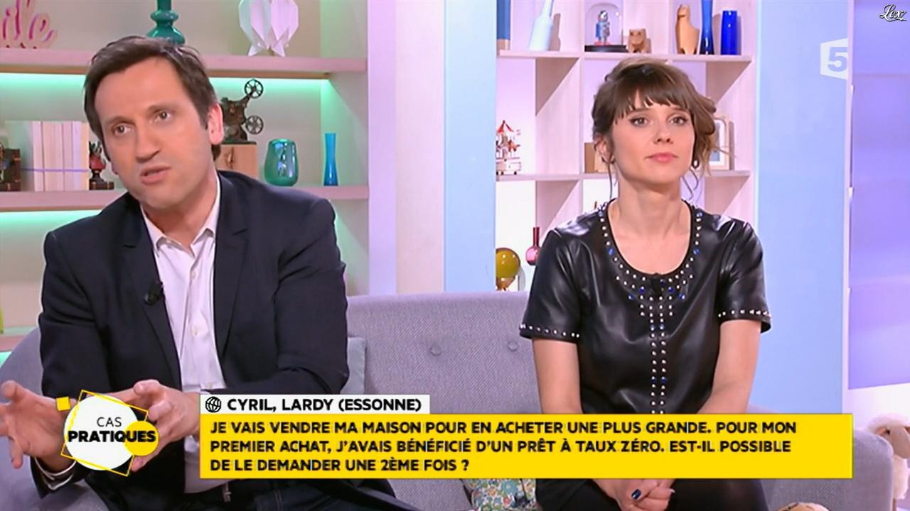 Mélanie Taravant dans la Quotidienne. Diffusé à la télévision le 29/01/16.