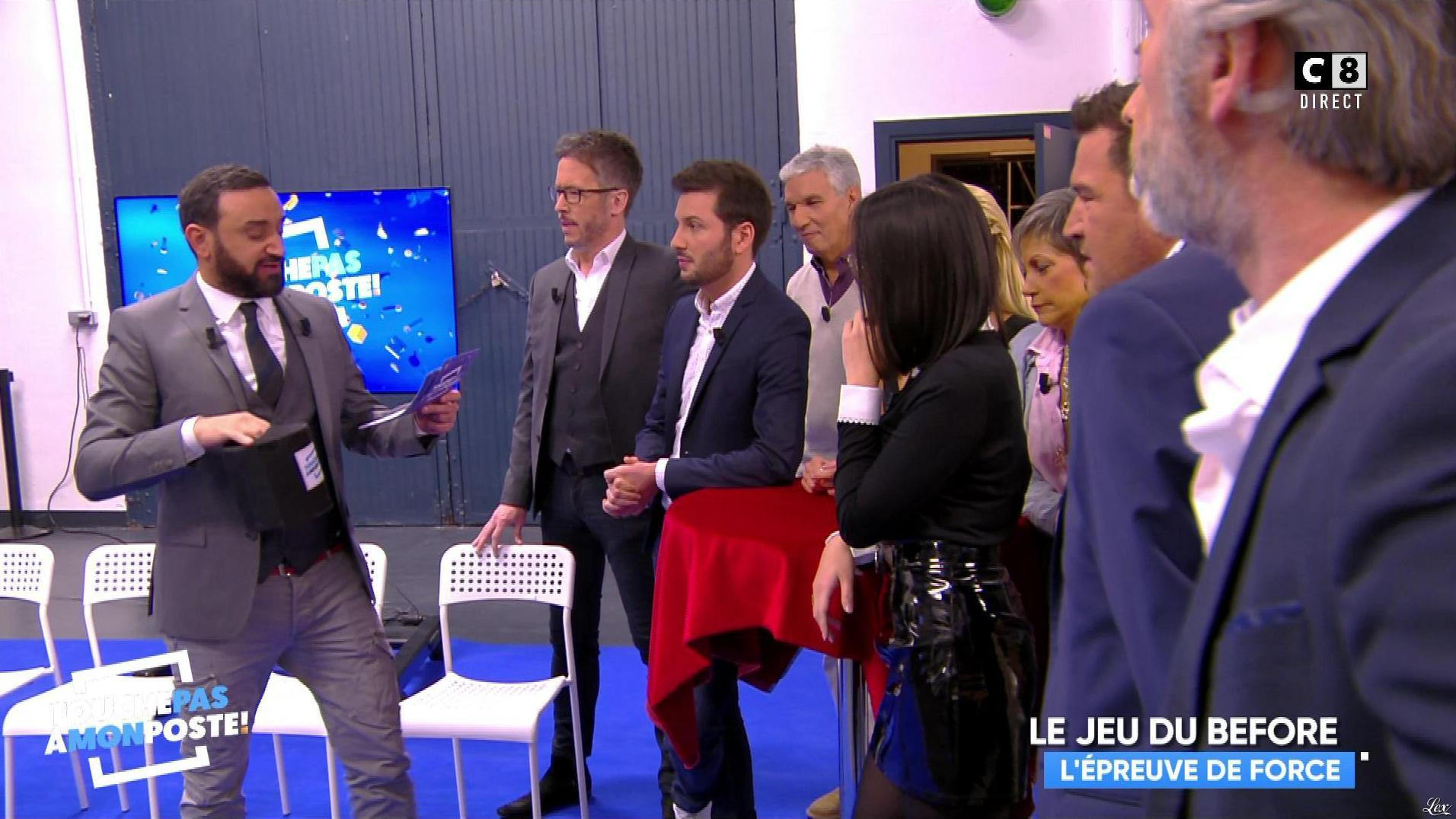 Agathe Auproux dans Touche pas à mon Poste. Diffusé à la télévision le 22/11/17.