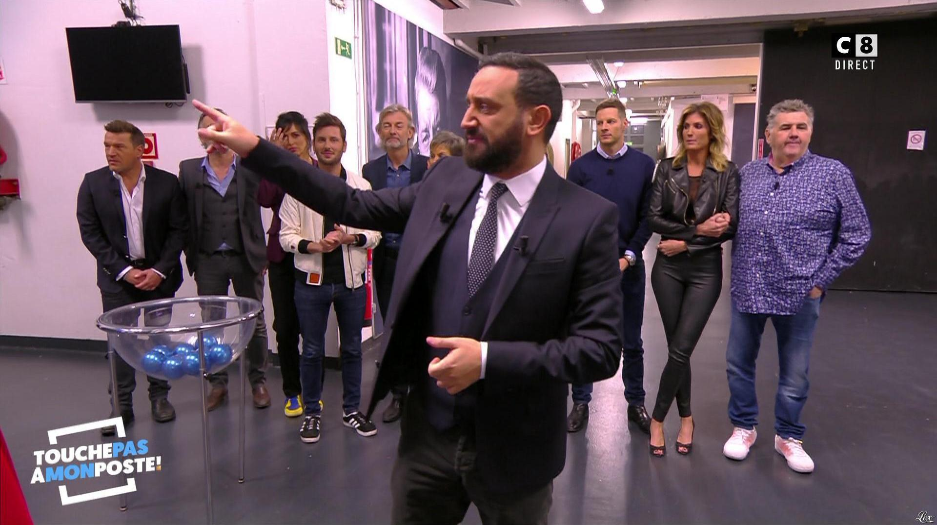Caroline Ithurbide dans Touche pas à mon Poste. Diffusé à la télévision le 21/11/17.