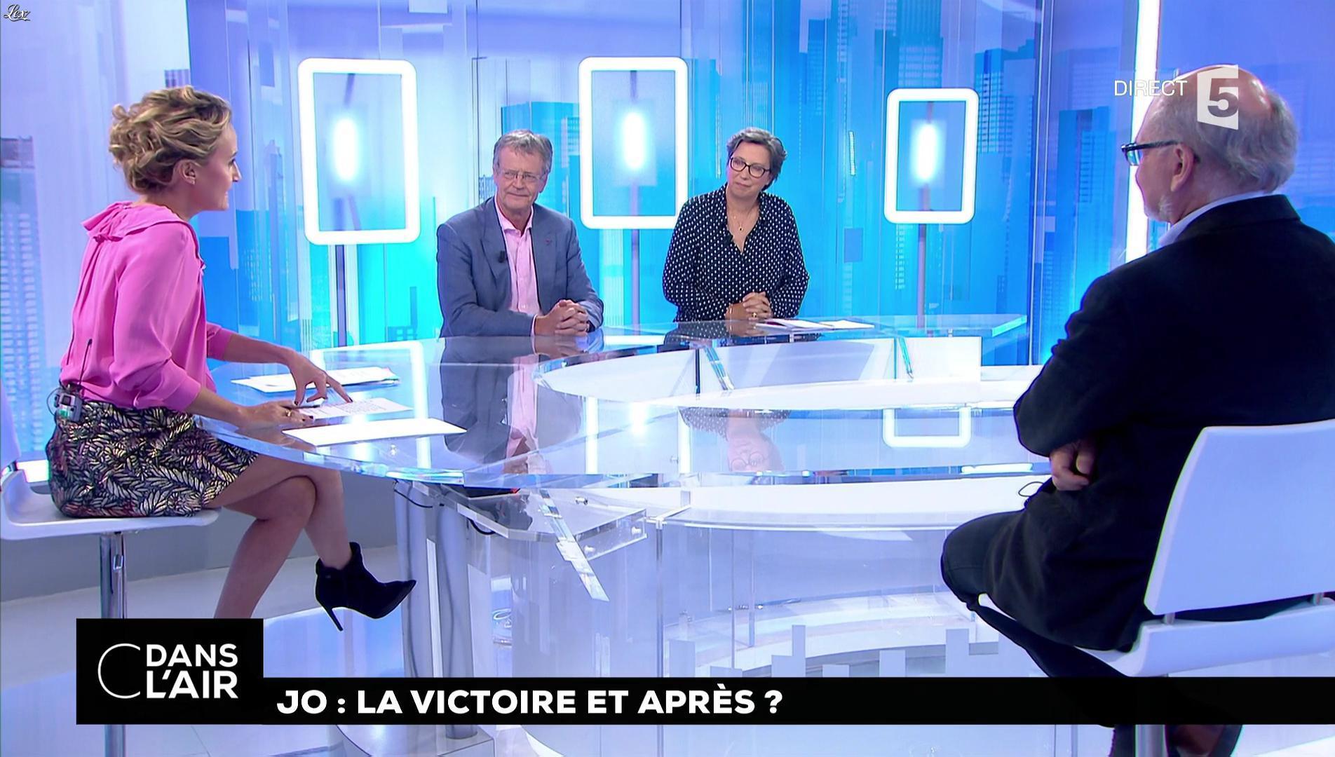 Caroline Roux dans C dans l'Air. Diffusé à la télévision le 14/09/17.