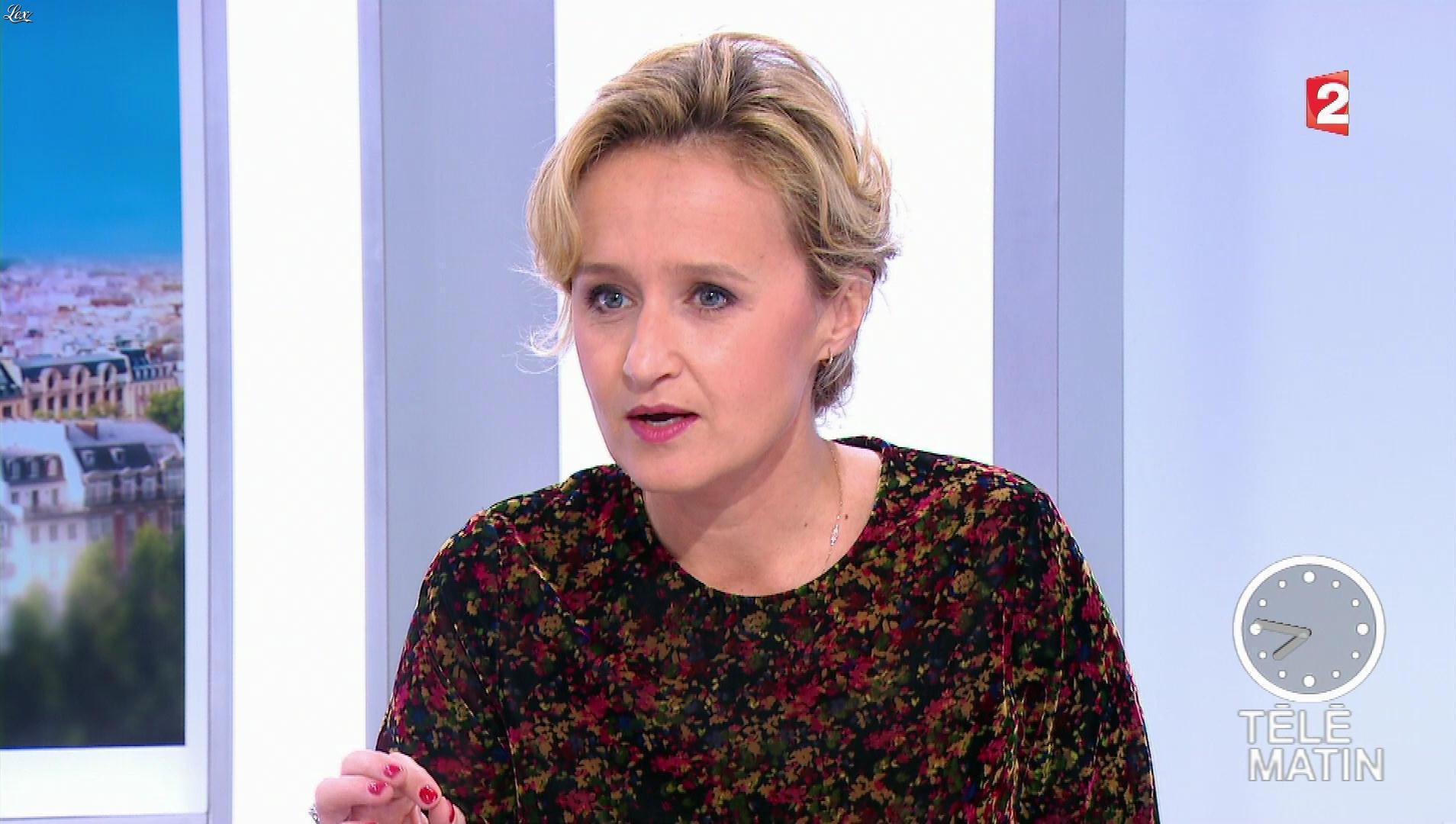 Caroline Roux dans les 4 Vérités. Diffusé à la télévision le 14/11/17.
