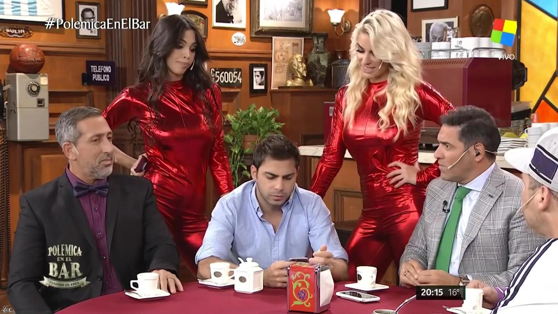 Ailen Bechara et Maypi Delgado dans PolemiÇa en El Bar. Diffusé à la télévision le 17/05/17.