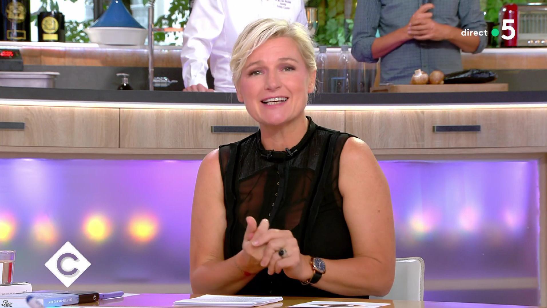 Anne-Elisabeth Lemoine dans C à Vous. Diffusé à la télévision le 12/09/18.
