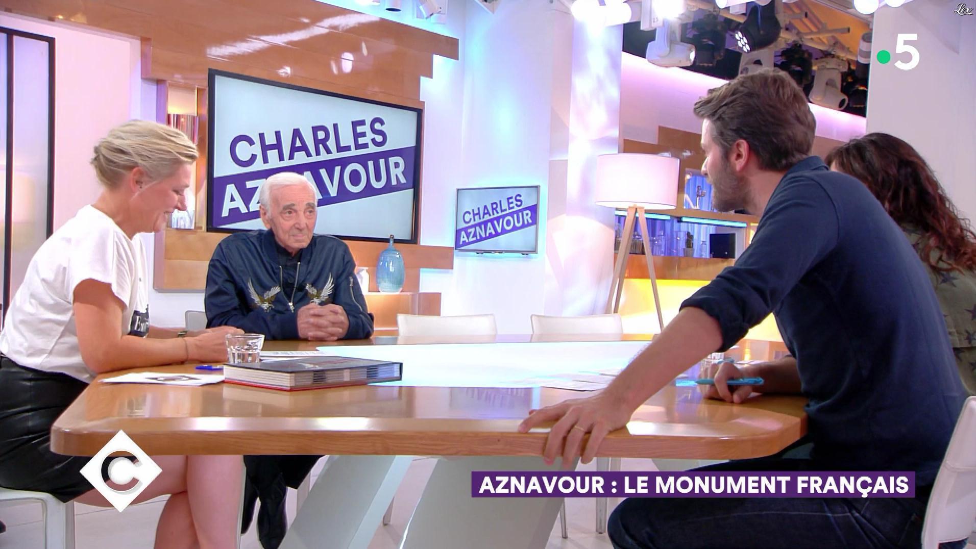 Anne-Elisabeth Lemoine dans C à Vous. Diffusé à la télévision le 28/09/18.