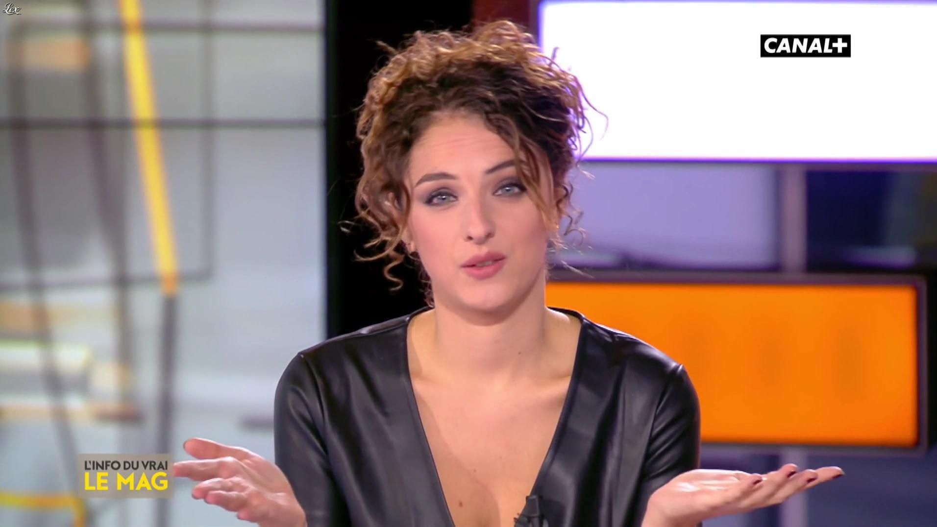 Camille Lavabre dans l'Info du Vrai. Diffusé à la télévision le 02/10/18.