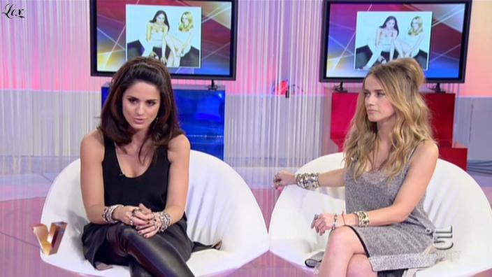 Paola et Chiara dans Verissimo. Diffusé à la télévision le 13/11/10.