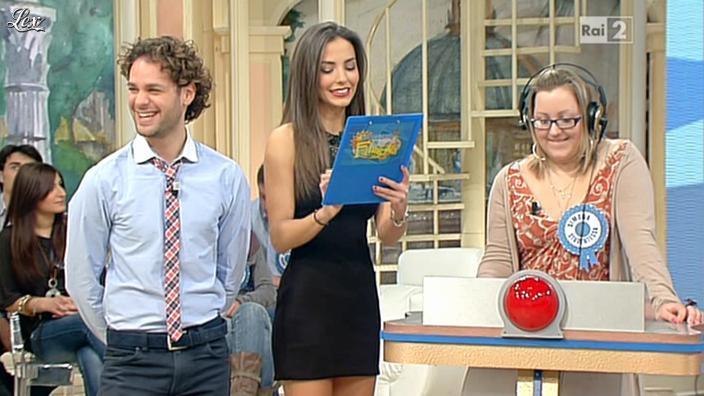 Laura Barriales dans Mezzogiorno in Famiglia. Diffusé à la télévision le 12/02/12.