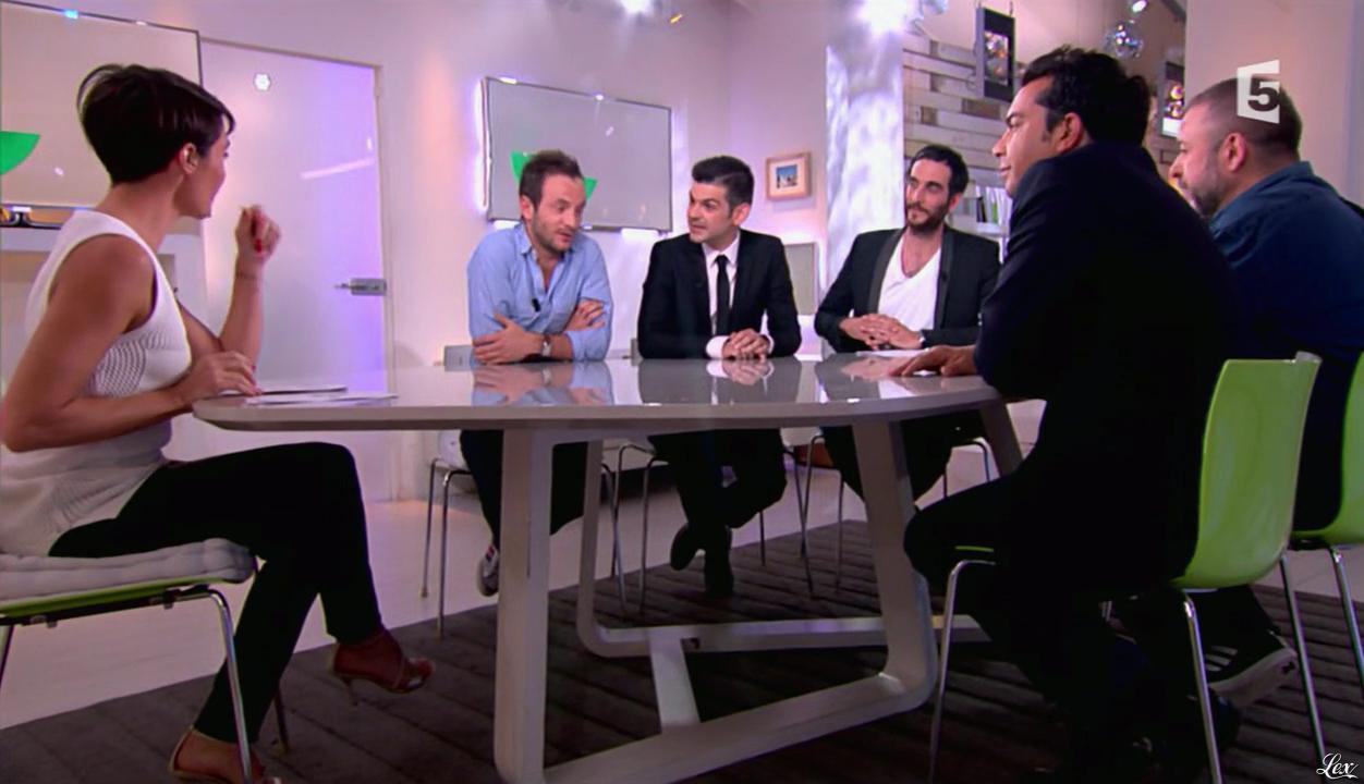 Alessandra Sublet dans C à Vous. Diffusé à la télévision le 28/06/13.