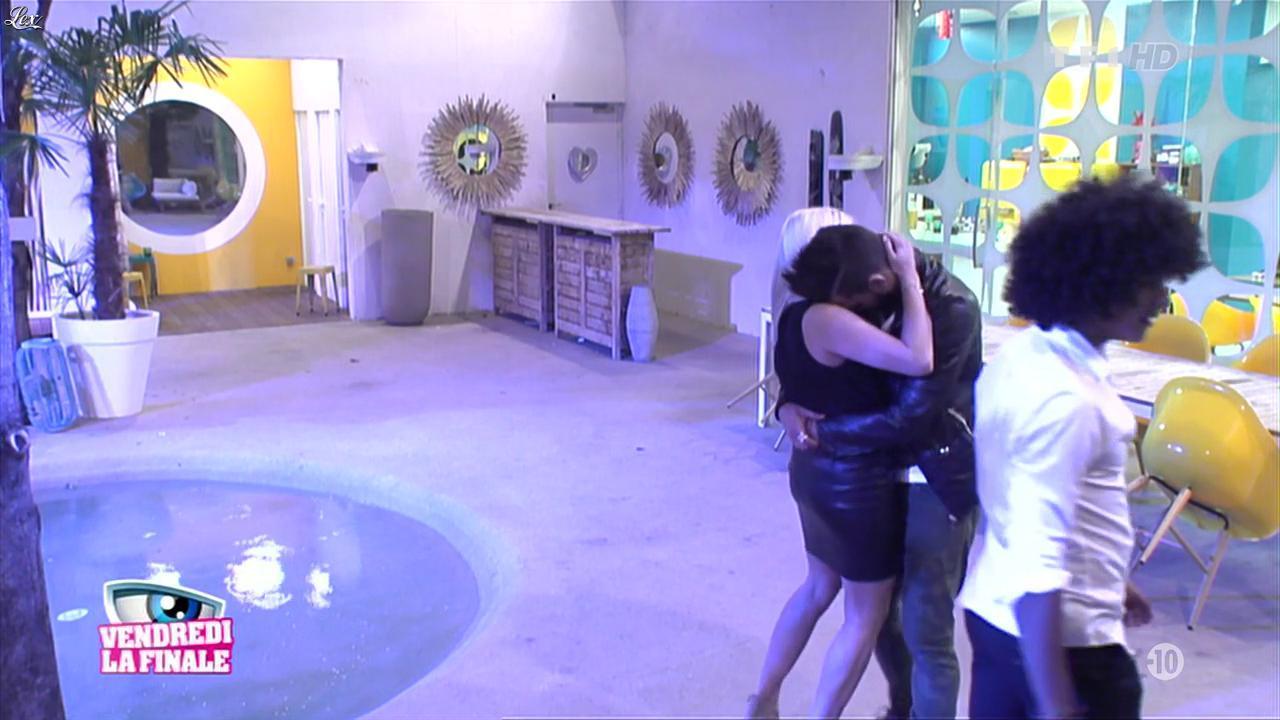 Alexia dans Secret Story. Diffusé à la télévision le 07/09/13.