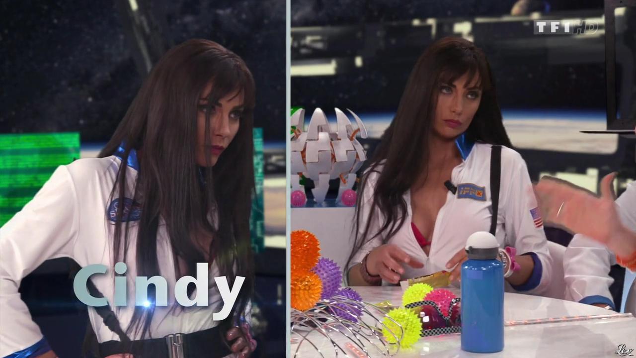 Ariane Brodier dans la Grande Soirée des Parodies TV. Diffusé à la télévision le 28/08/15.
