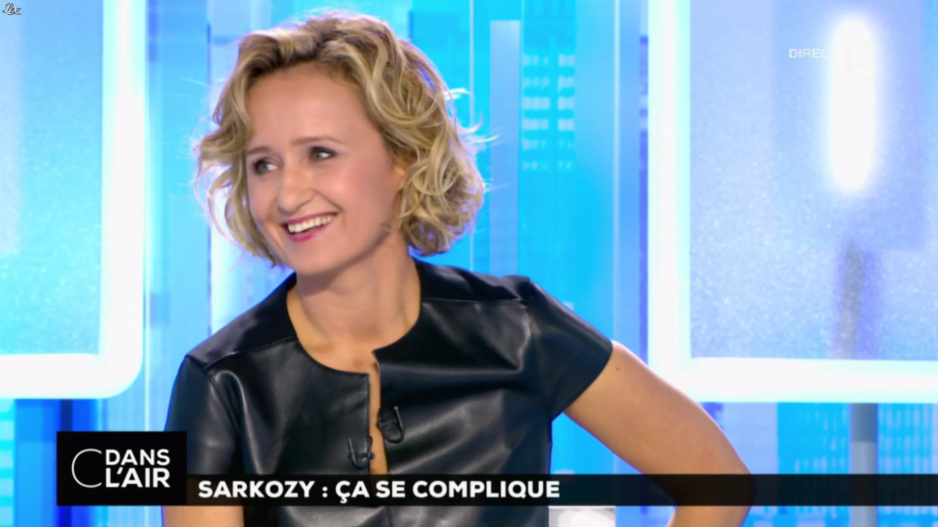 Caroline roux dans c dans l air 10 10 16 09 - Presentatrice c dans l air ...
