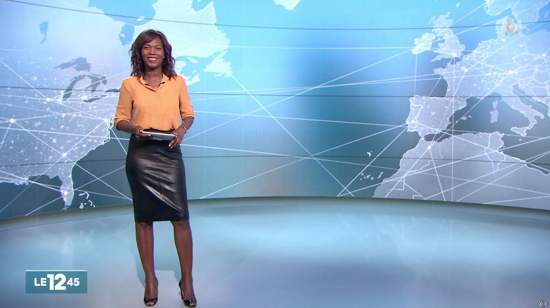 Kareen Guiock dans le 12-45. Diffusé à la télévision le 23/09/16.