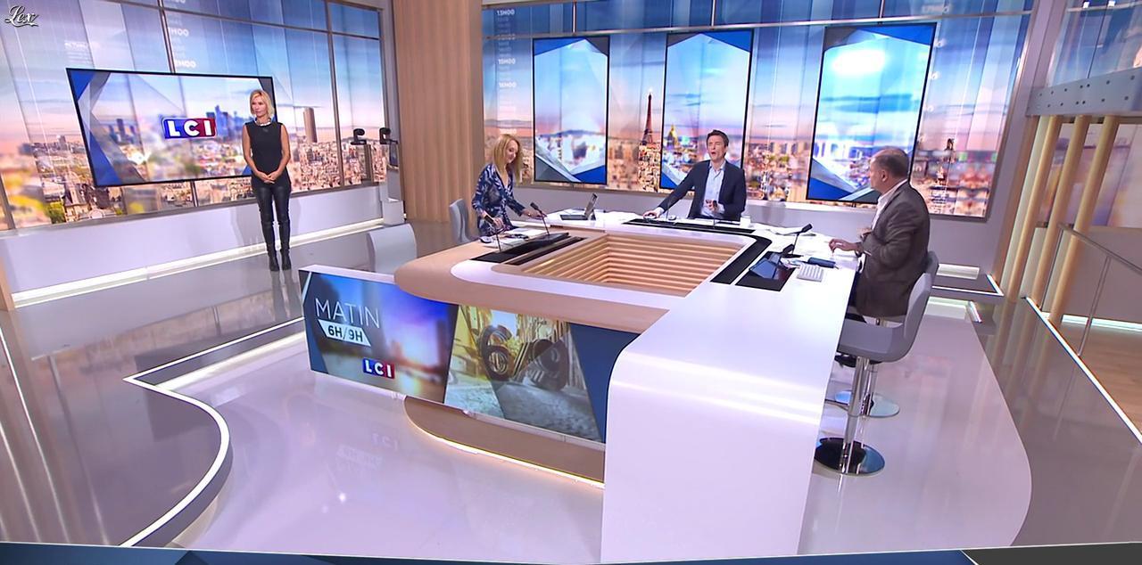 Karine Fauvet à la Météo. Diffusé à la télévision le 19/09/16.