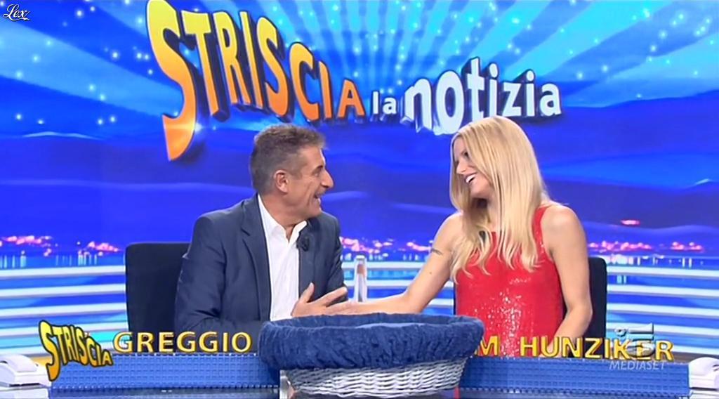 Michelle Hunziker dans Striscia la Notizia. Diffusé à la télévision le 13/10/14.